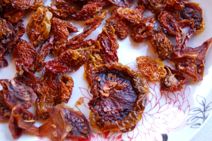diy sundried tomatoes savvyhousekeeping