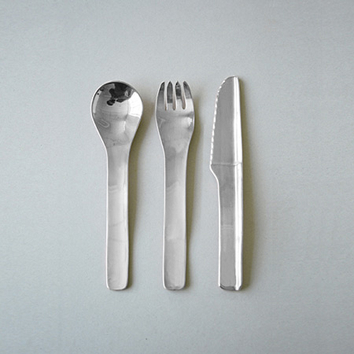savvyhousekeeping plastic bottles to cutlery