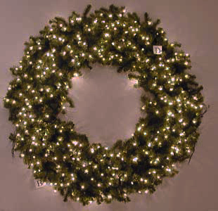 savvyhousekeeping recycled christmas wreath from bicycle wheel