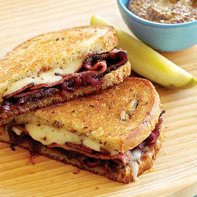 savvyhousekeeping pastrami sandwich recipe