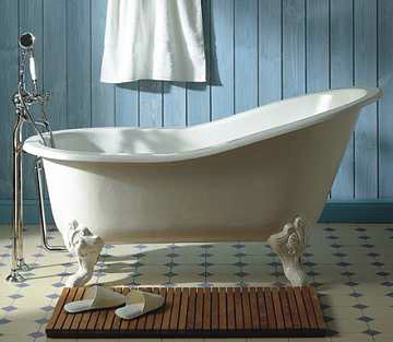 Anyone who has ever looked knows how valuable antique bathtubs