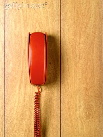 savvyhousekeeping red retro wall phones