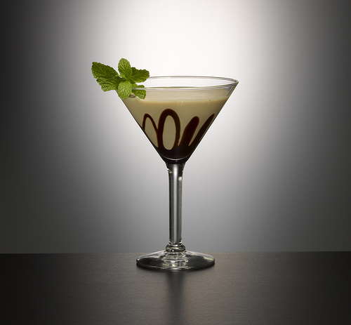 savvyhousekeeping white chocolate martini bailey's mint