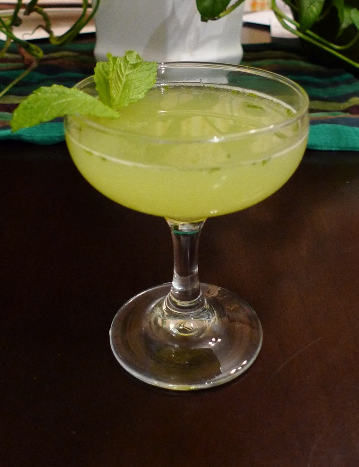 savvyhousekeeping green cocktail st patrick's day irish spring gin celery mint lime