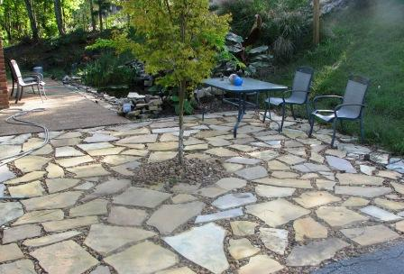 Savvy Housekeeping » Different Types of Flagstone Patios