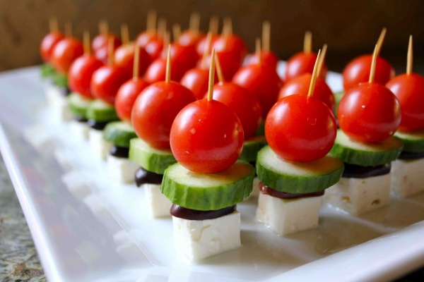 savvyhousekeeping greek salad appetizers