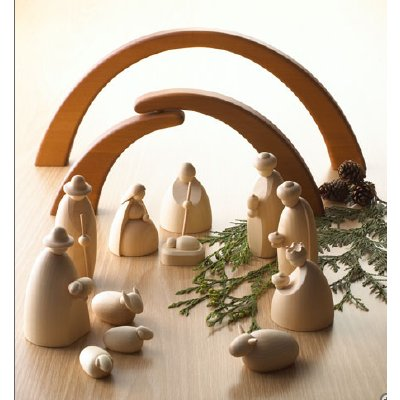 savvy housekeeping nativity sets round up. Black Bedroom Furniture Sets. Home Design Ideas