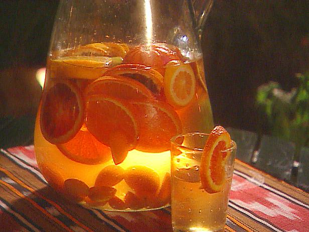 mo1b07_citrus_sangria_lg
