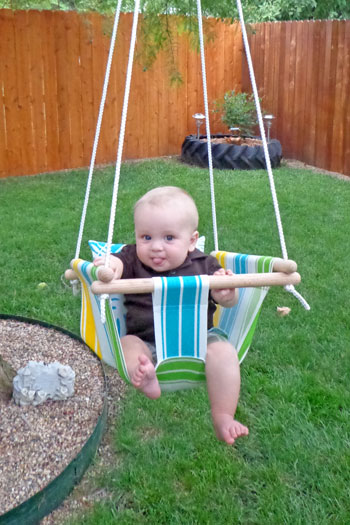 Savvy Housekeeping Make Your Own Baby Swing