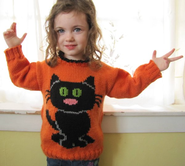 Free Childrens Jumper Knitting Patterns : Savvy Housekeeping   Free Kid s Cat Sweater Pattern