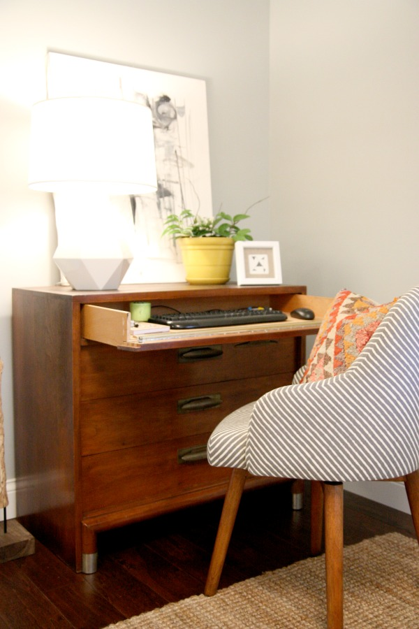 Savvy Housekeeping 187 5 Ways To Recycle A Dresser