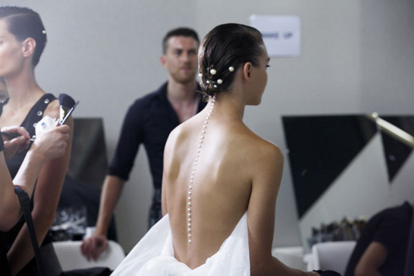 chanel-pearl-stud-hair-bun